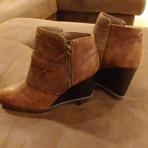 Brown Zip Wedge Boots